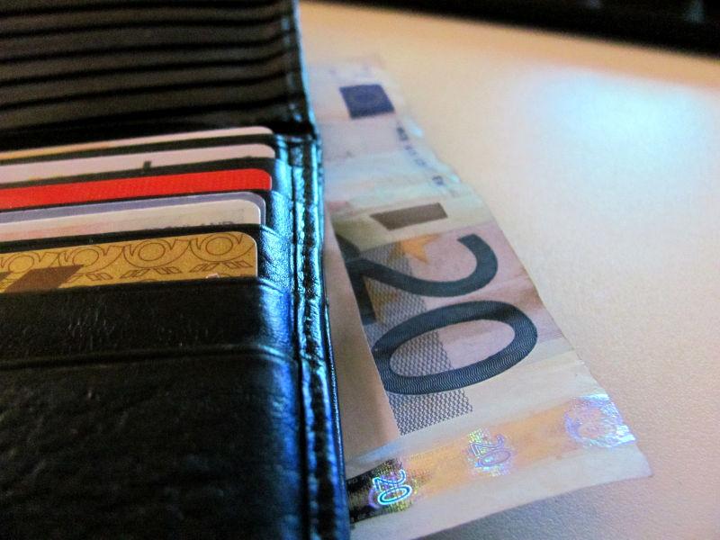 Geld auf dem Konto oder der Geldbörse besser aufgehoben.