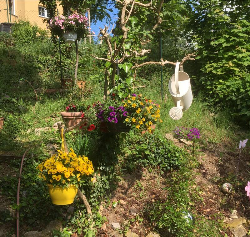 Geld im Garten verstecken